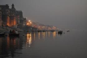 Varanassi am Morgen | Städte » Asien | Tino Bahr / pixelio