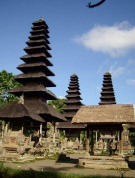 Tempelanlage in Mengwi | Kunst & Kultur » Glaube & Religion | tokamuwi / pixelio