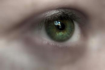 Traurig   Menschen » Körperteile   berwis / pixelio