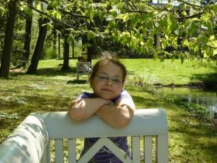 träumerisch im Park | Menschen » Kinder | Dagmar Flehmig / pixelio