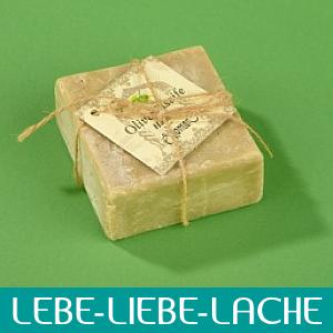 Seife am Stück ist Nostalgie und kostbare Pflege - Lebe-Liebe-Lache.com - Dein ONLINE MAGAZIN