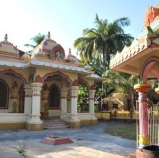 Yoga in Indien mit Kerstin Linnartz