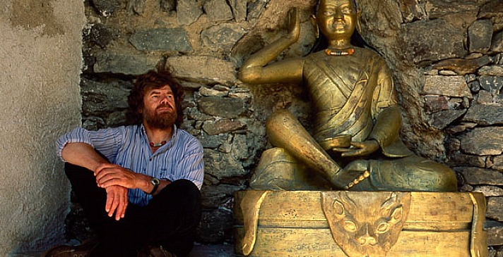 Reinhold Messner mit Buddha