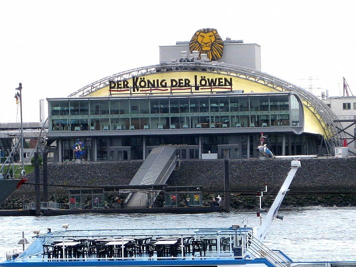 Theater im Hafen
