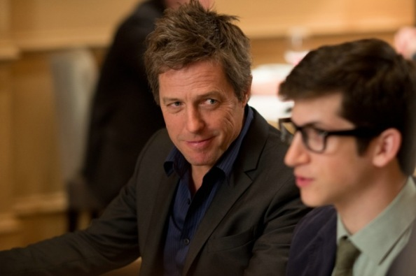 Keith Michaels (Hugh Grant) und Clem Ronson (Steven Kaplan) in WIE SCHREIBT MAN LIEBE?