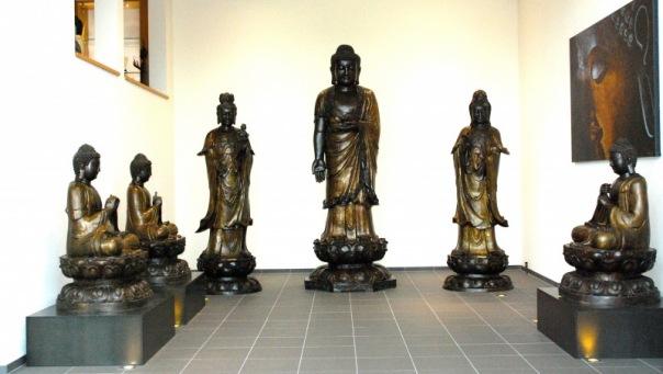Buddha-Museum Glass Halle