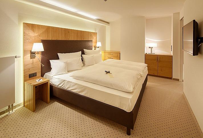 SCHÜLES Gesundheitsresort & Spa - elegante Zimmer