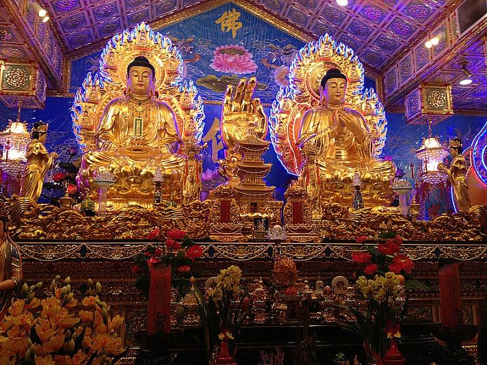Lotus Sutra, two Buddhas - Heilung: schon Ötzi war akupunktiert