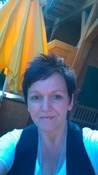Hotel Quellenhof Bad Birnbach - Annette Maria auf dem Balkon