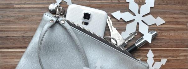 beliya: Tasche mit Smartphone