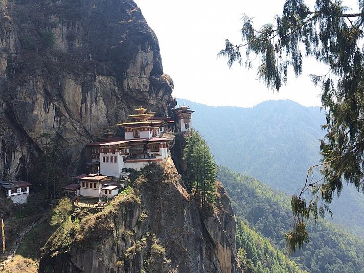 Bhutan akashraut/pixabay 25