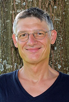 Dr. Ralph Skuban - Portrait
