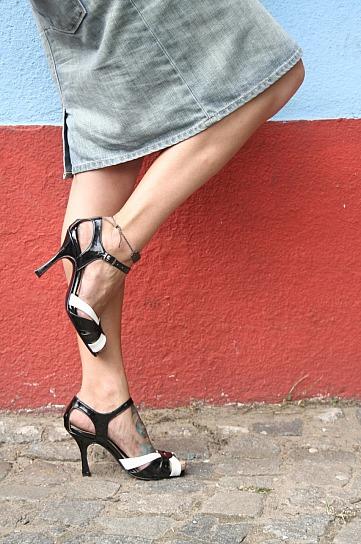 Lisa has tango shoes