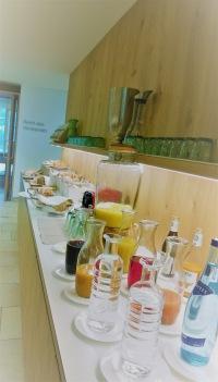 Hotel Fritsch am Berg: Getränkeauswahl zum Frühstück