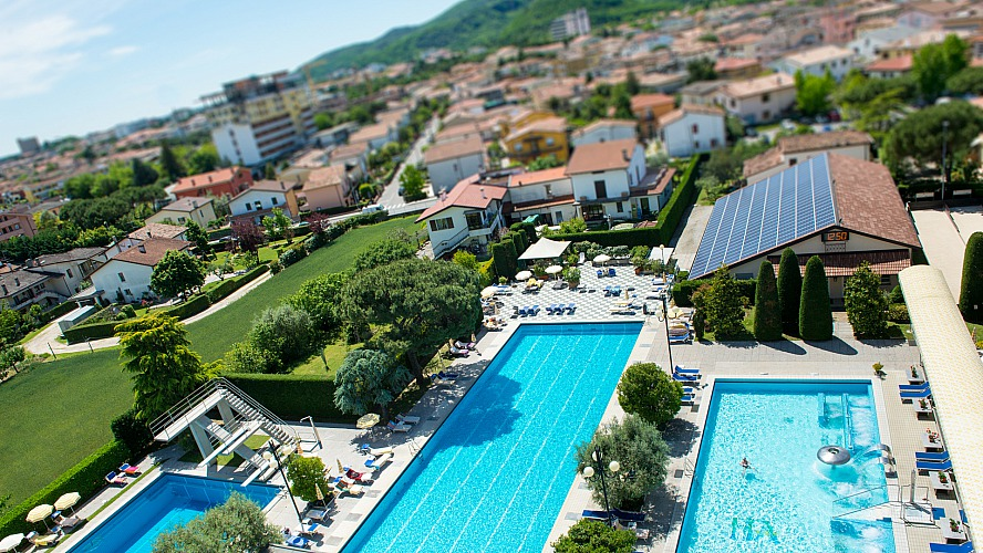 Hotel Terme Antoniano: Die Pools