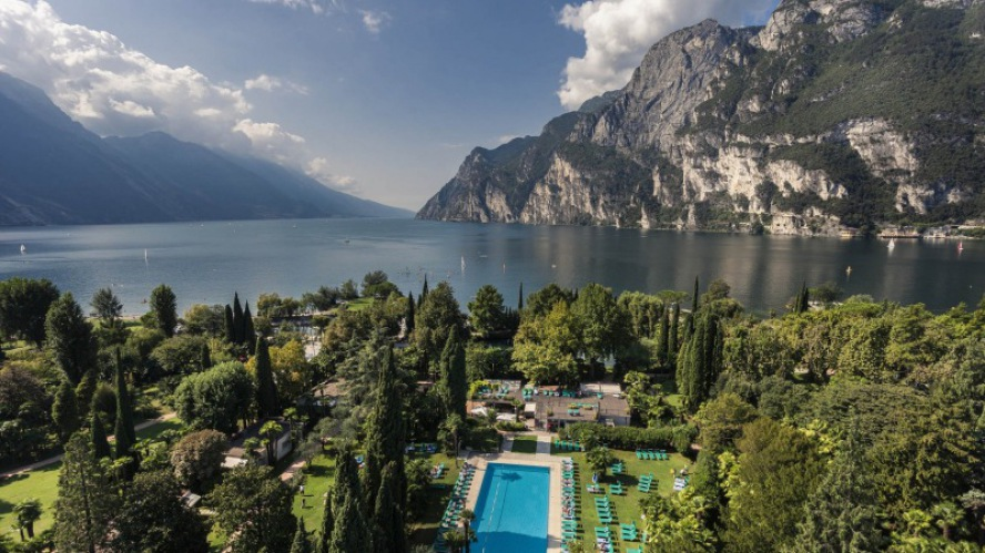 Du Lac et Du Parc Grand Resort: Direkt am Gardasee