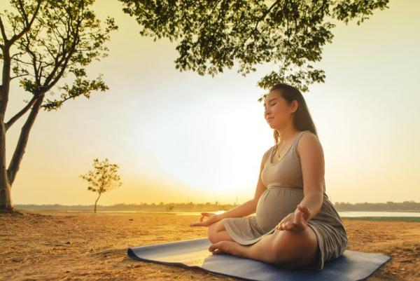 Schwanger mit Spiritualität und Homöopathie