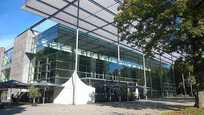 Kala Fashion: Ruhrfestspielhaus