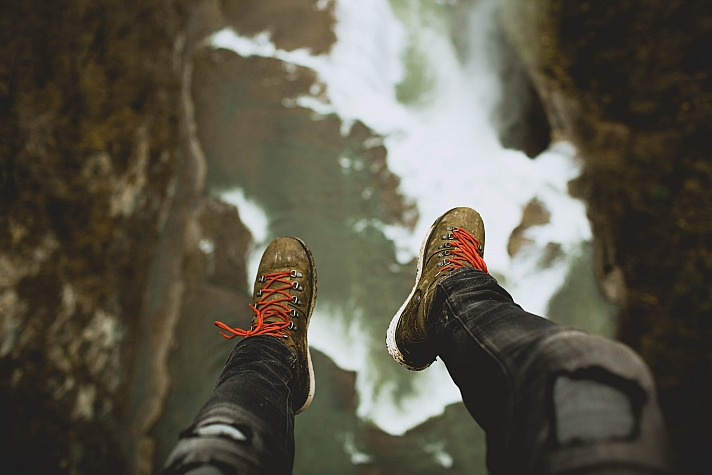 Mountain climbing ingle_jake/unsplash 6