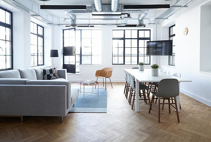 Furniture breather/unsplash 1