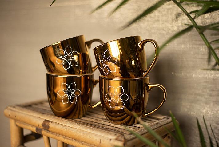 Ursula Karven: Divine Flower Cup Sun
