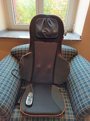 Unsere neue Medisana Shiatsu-Akupressur-Massagesitzauflage MC 825 fördert deutlich unser Wohlbefinden