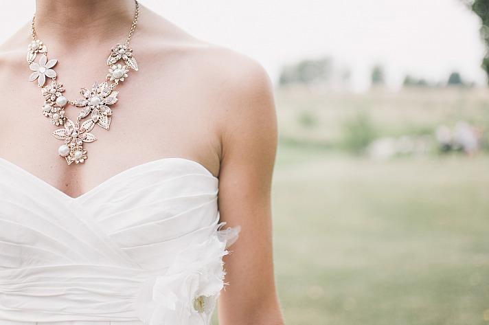 Der Deep-V-Trend, der in diesem Jahr besonders von den Brautmodedesignern in New York gefeiert wurde, wird auch im Jahr 2019 noch sehr aktuell sein