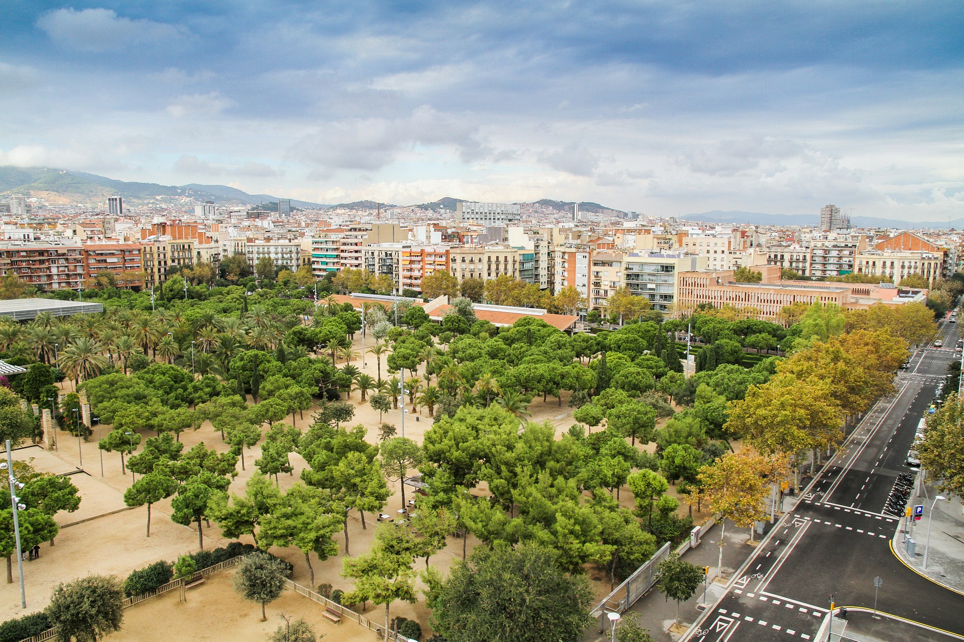Beitrag/Artikel: Die traumhaften Strände in und um Barcelona entdecken - Lebe-Liebe-Lache.com - Dein ONLINE MAGAZIN