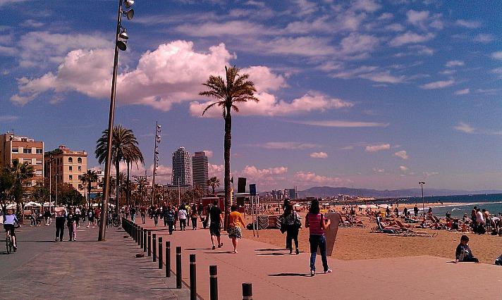 Playa de Sant Miquel – zentraler Strand mit FKK-Bereich