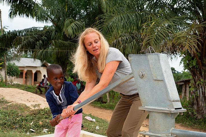 World Vision-Patenschaft: Gerade in Zeiten von Blackfriday-Wahnsinn und Komsumterror möchte ich jetzt wieder eine World Vision-Patenschaft eingehen
