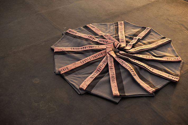 Ursula Karven: Divine Flower Scarf