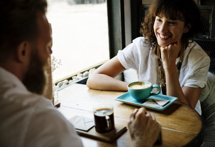 Forschungen zeigen: Dankbarkeit verändert unser Gehirn und macht uns gesünder und glücklicher