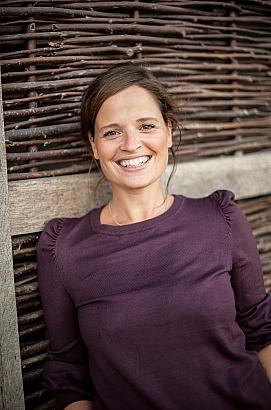 Dana Schwandt - Portrait