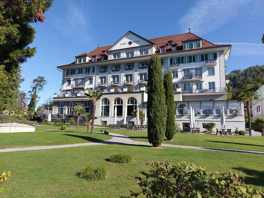 Parkhotel Gunten: Stilvolles Ambiente in entspannter Atmosphäre - mit traumhafter Parkanlage