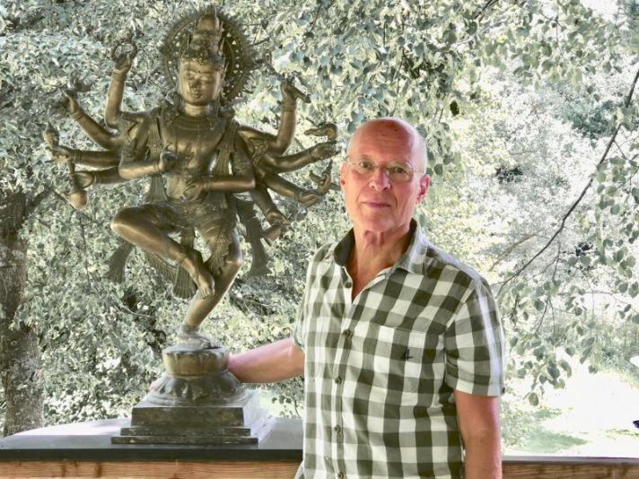 Interview mit Dr. Ruediger Dahlke: Es gilt auch aufzuhören, anderen beleidigt zu sein.