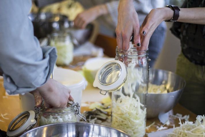 8 verblüffende Gründe warum Sauerkraut so gesund ist!