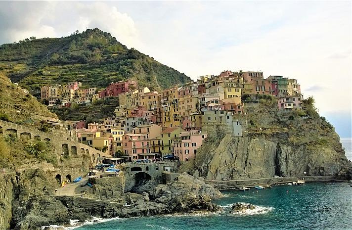 Der ADAC Auslandskrankenschutz sollte auch in Cinque Terre nicht fehlen. Die Klippen sind hier schroff und sehr steil!