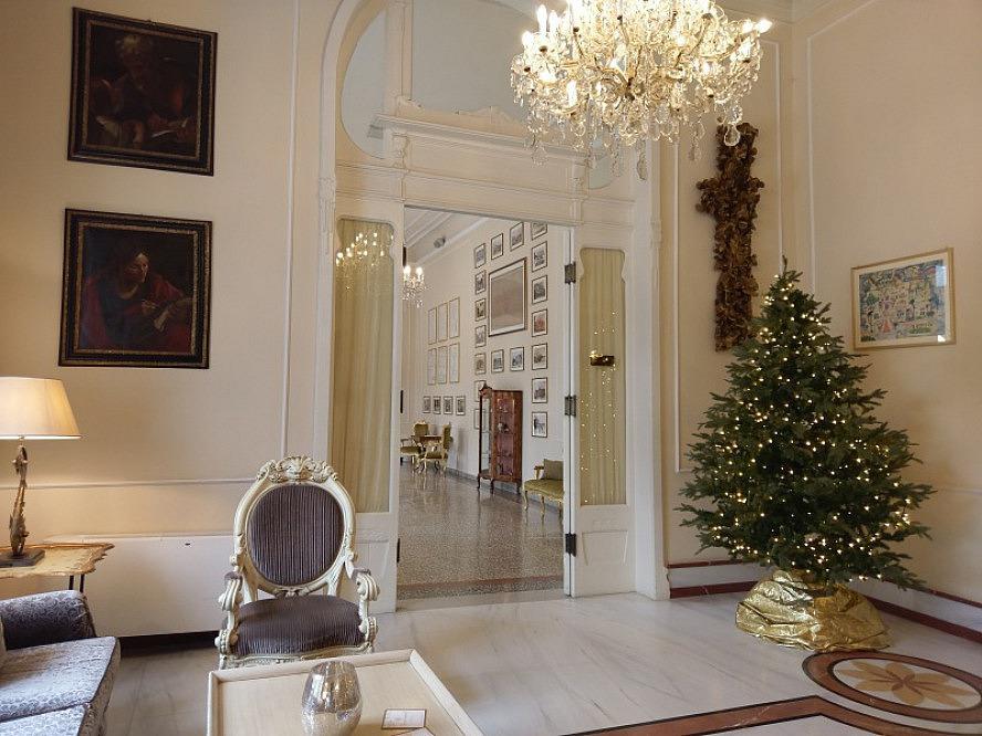 Grand Hotel Rimini: elegante Flure im Eingangsbereich