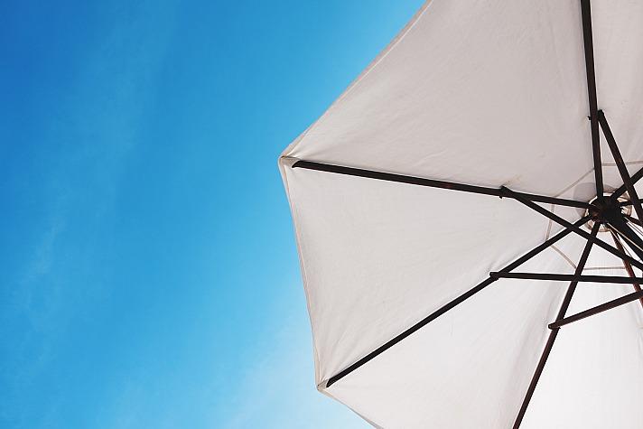 Welcher Sonnenschirm darf es für den Garten sein?