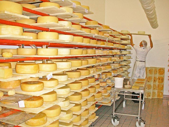 Schaukäserei Ettal: Erleben, probieren und genießen Sie köstliche Käsesorten