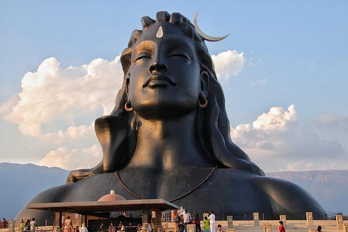 Die gesamte Praxis des klassischen Yoga ist zutiefst gegründet im energetischen Verständnis des Menschen