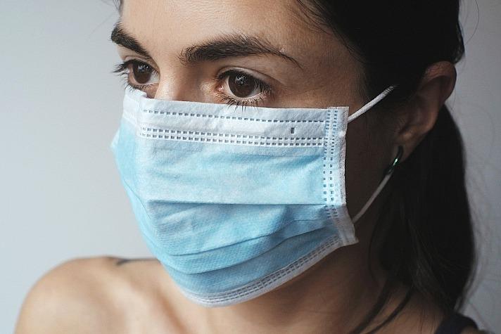 Sprayy: Effektive Auffrischung deiner Mund-Nasen-Maske