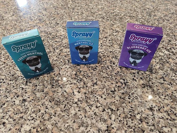 Sprayy ist das allerneueste und vielseitige Sprüh-Aroma mit einzigartigen Mentholduft