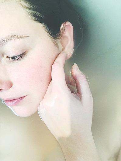 Das Salz kann bei psychosomatischen Störungen und Hautproblemen helfen