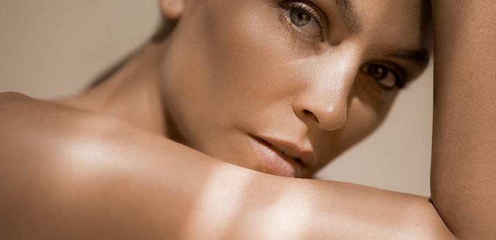 PROCEANIS®: Was macht Hyaluronsäure mit unserer Haut?