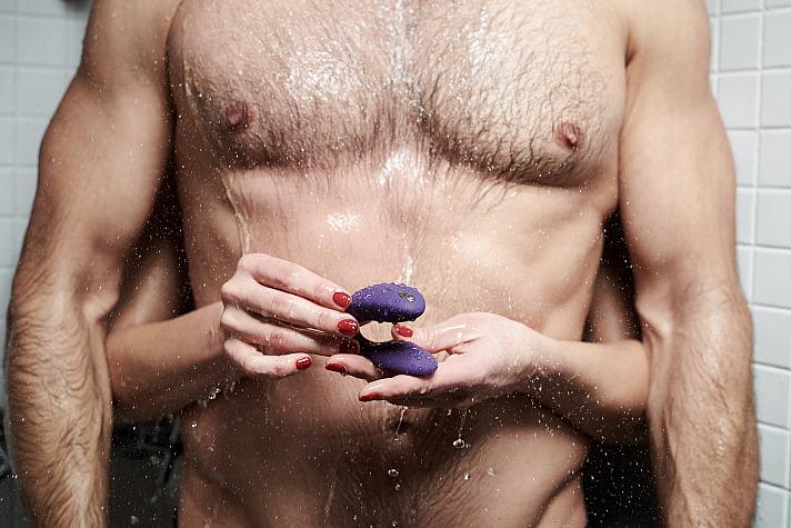 Sextoys bei zweisamem Sex: Das solltest du dabei beachten