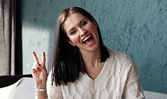 happy_woman_daria_rem_1977047