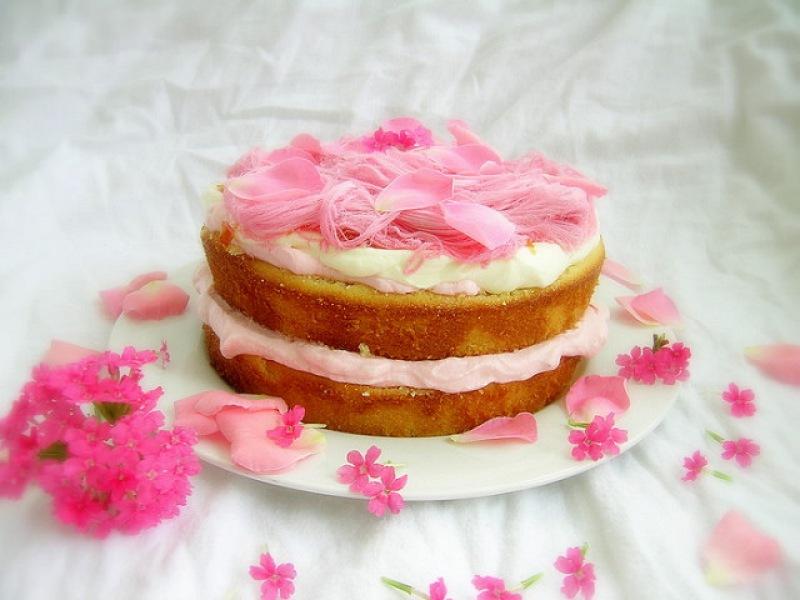 Madderneine Cake