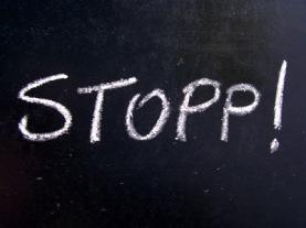 STOPP! | Objekte | knipseline / pixelio