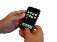 iPhone in Action | Technik » Telekommunikation | Kigoo Images / pixelio